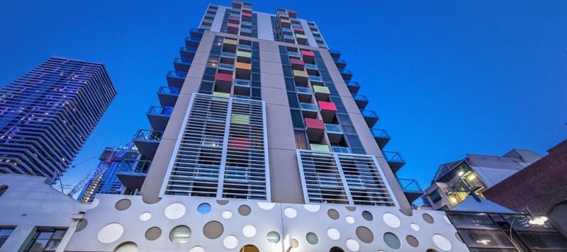 bradyhotel1