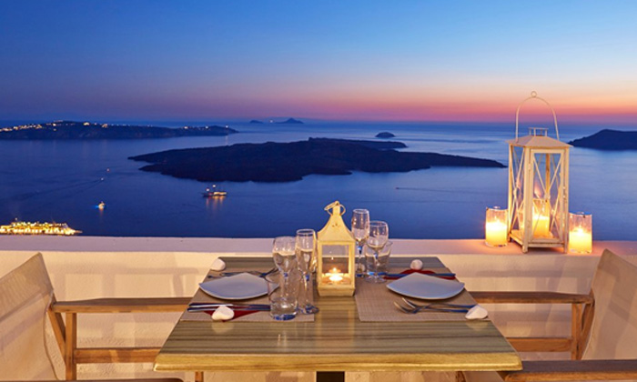 Experience All-Inclusive in Santorini